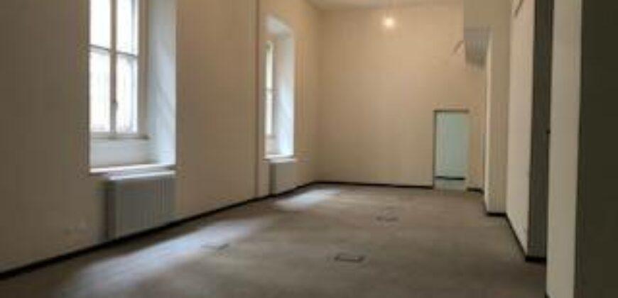 Prestigioso e ampio ufficio in via Torino