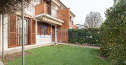 Villa a schiera piazza San Francesco d'Assisi 1, Torrevecchia Pia