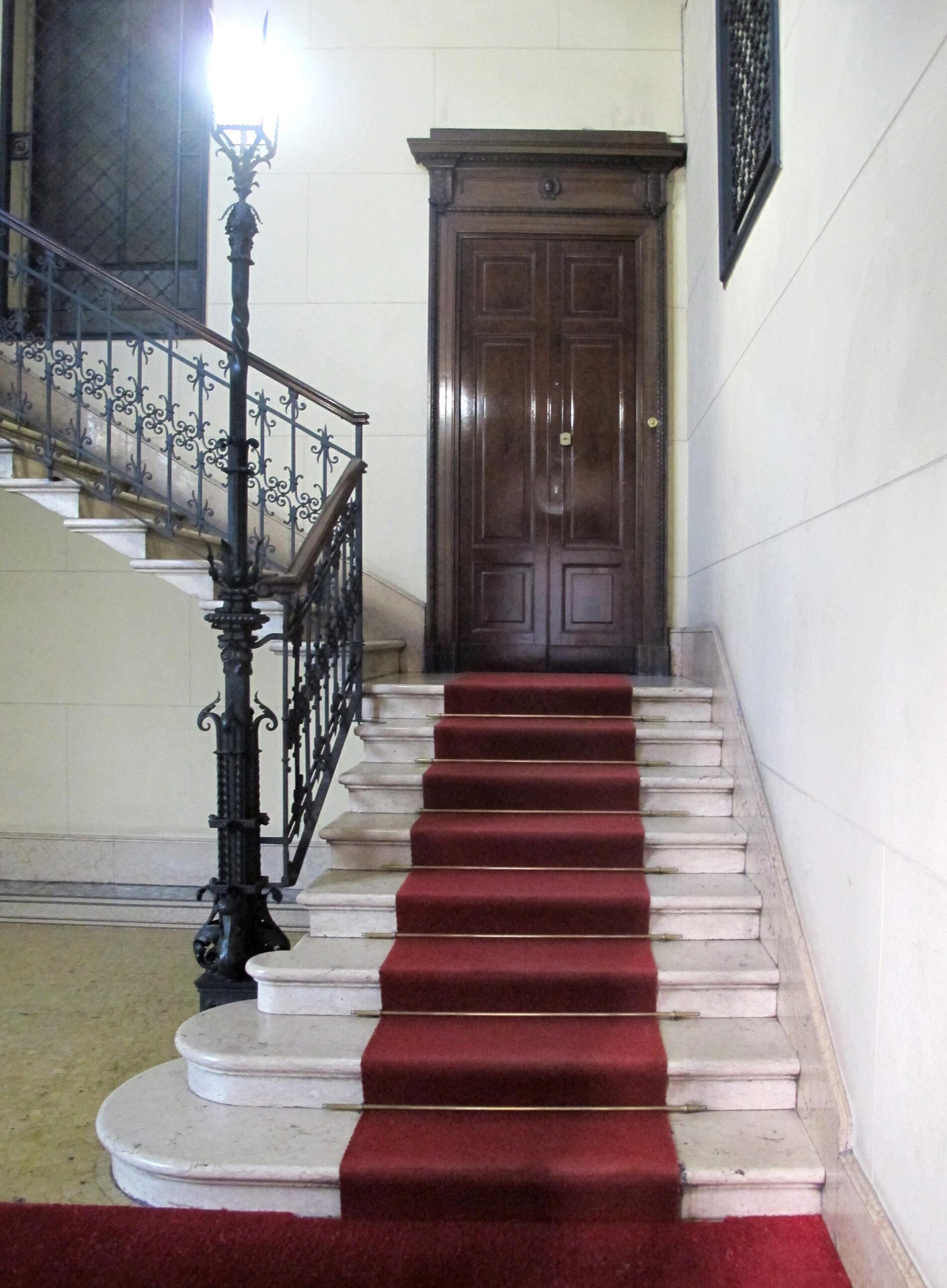Prestigioso ufficio al piano nobile