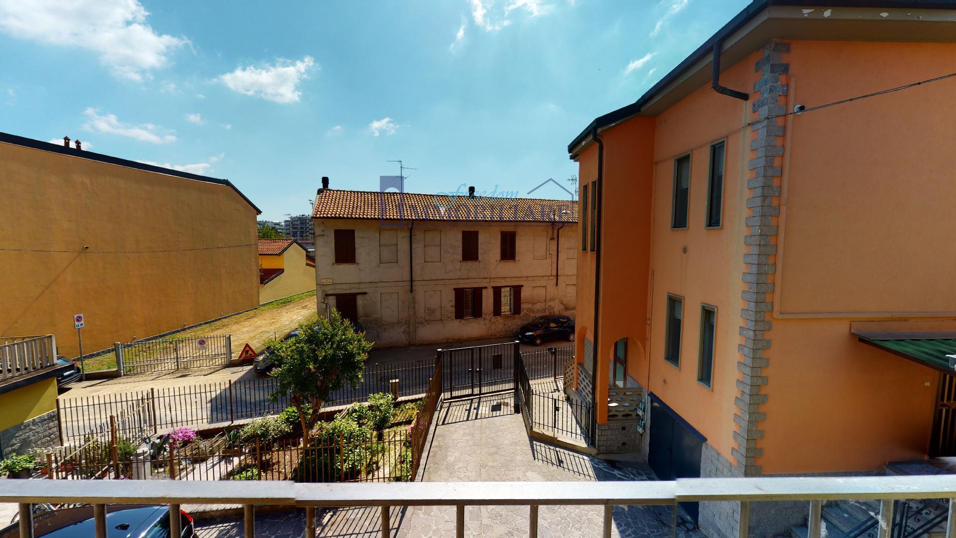 Trilocale via della Vittoria 53, San Giuliano Milanese