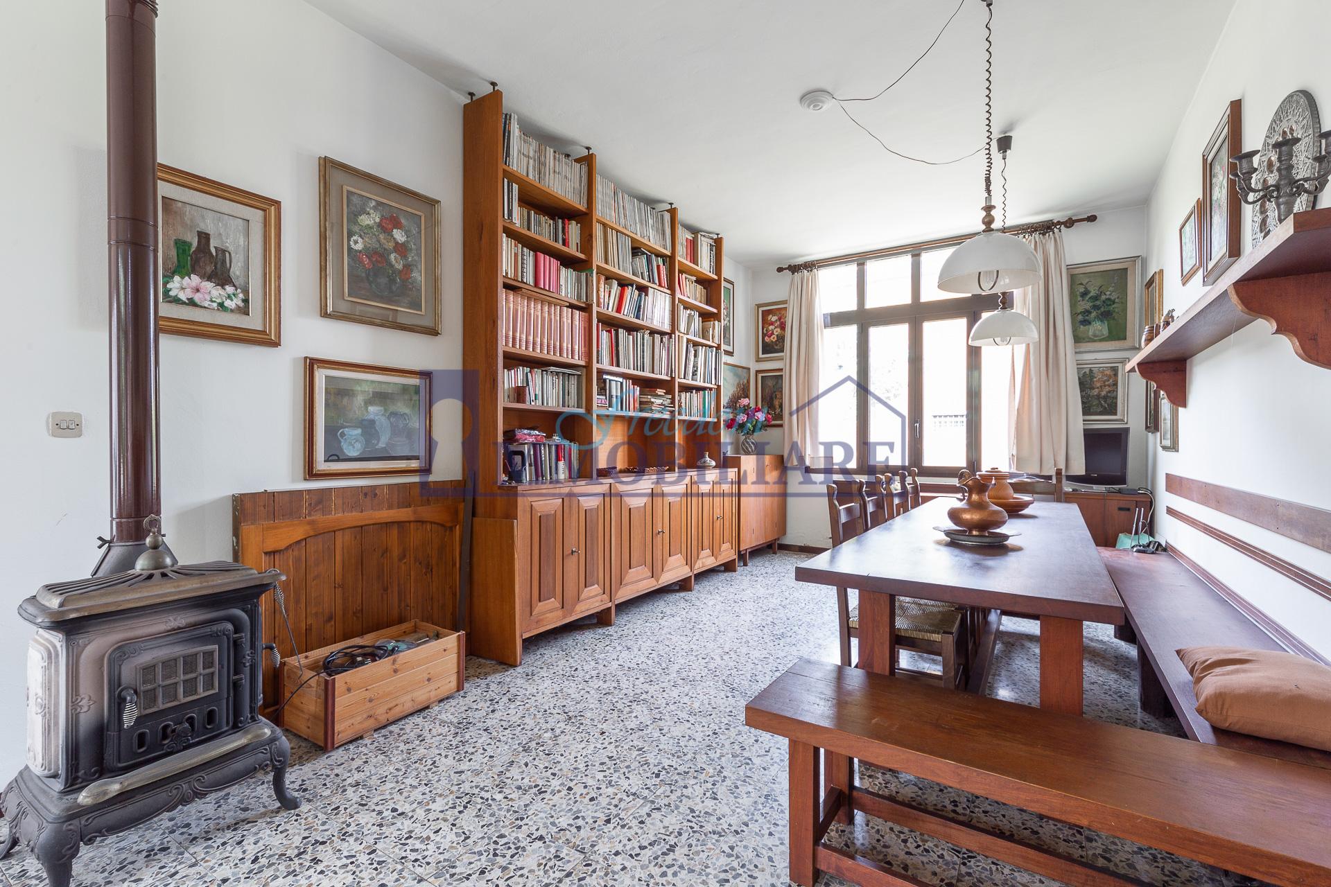 Villa unifamiliare via Cesare Pascarella 10, San Giuliano Milanese
