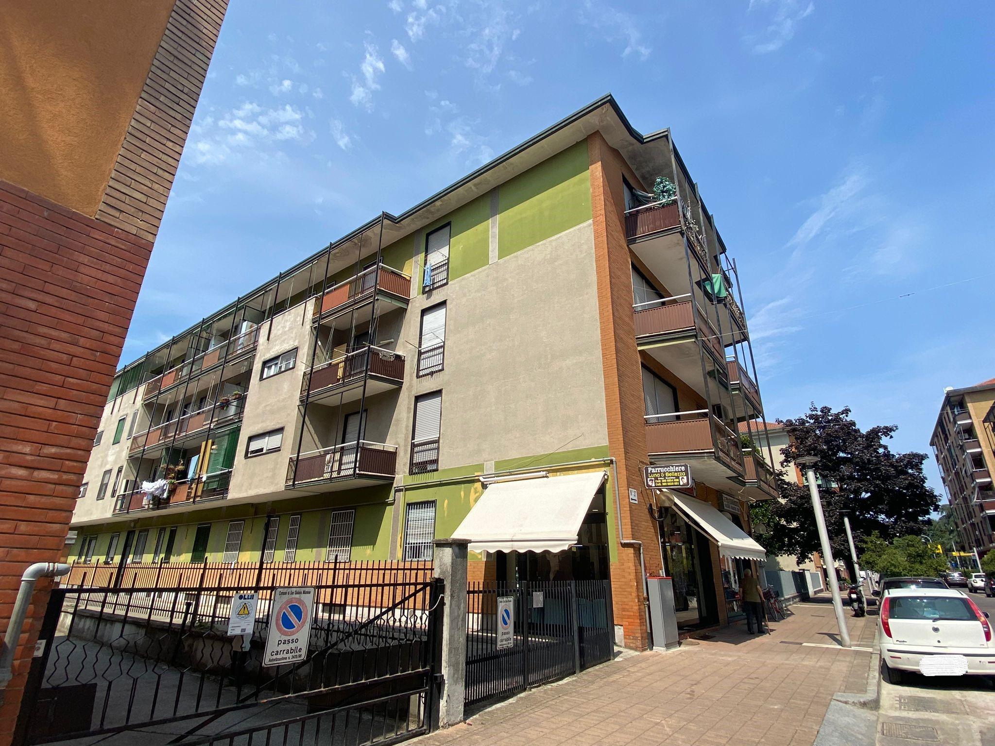 Locale commerciale in Vendita San Giuliano Milanese, Via Filippo Turati 29