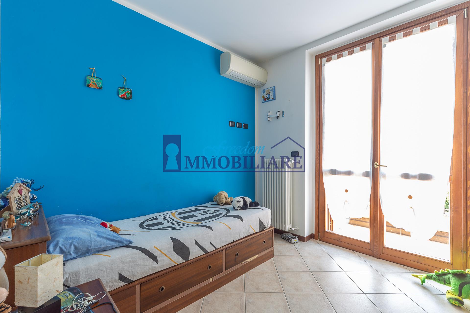 Villa bifamiliare via Padri Ladie' 59, Casaletto Lodigiano
